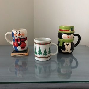 Accessories - A set of 3 holiday mugs